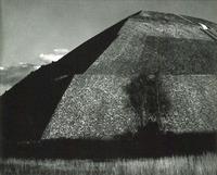 Piramide del Sol, Mexico, Edward Weston, 1927
