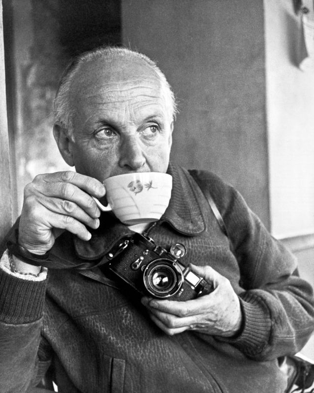 Henri Cartier-Bresson with his 35mm Leica M3 rangefinder camera
